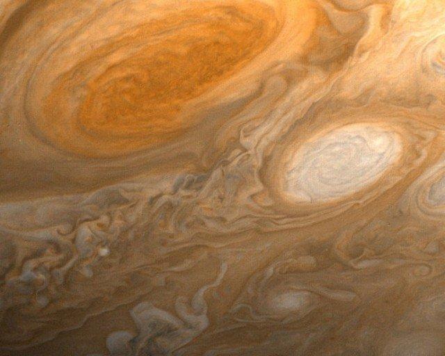 Большое красное пятно юпитер