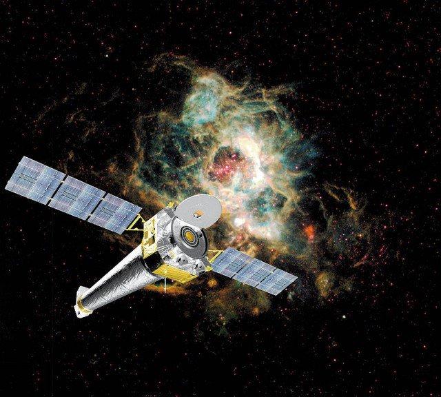 800px-Chandra_X-ray_Observatory[1]
