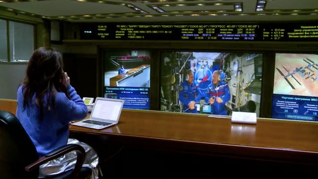 космонавты в контакте